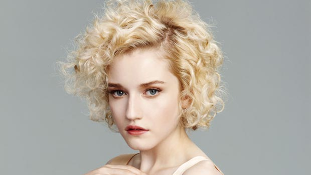 JuliaGarner_WONDERLAND_S1_311
