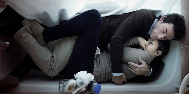 Shane Carruth and Amy Seimetz in Upstream Color.