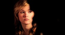 Julia Stiles in Between Us