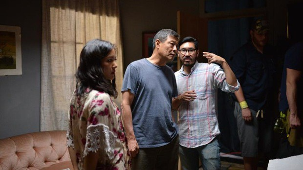 Christopher Makoto Yogi (second from right) directs actors Constance Wu and James Saito (Photo by Brandon Cruz)