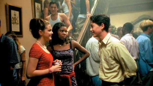 Gabrielle Union (center) in Ten Things I Hate About You