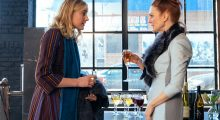 Greta Gerwig, Julianne Moore in Maggie's Plan